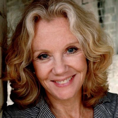 How tall is Hayley Mills?