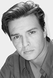 How tall is Justin Whalin?