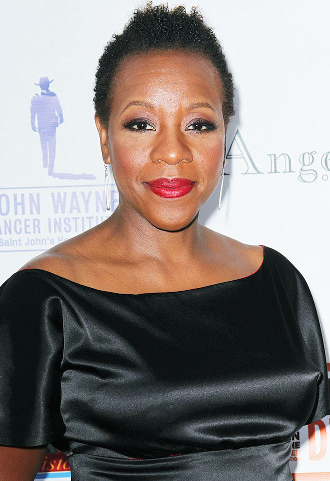 How tall is Marianne Jean Baptiste?