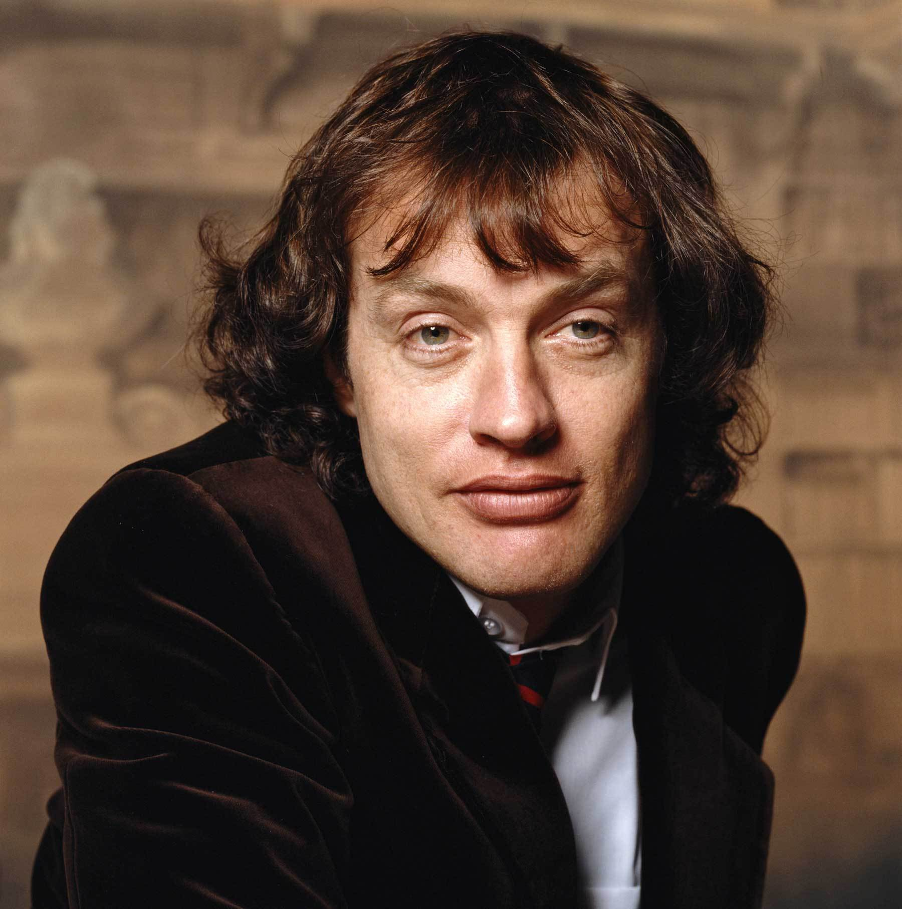 How tall is Angus Young?