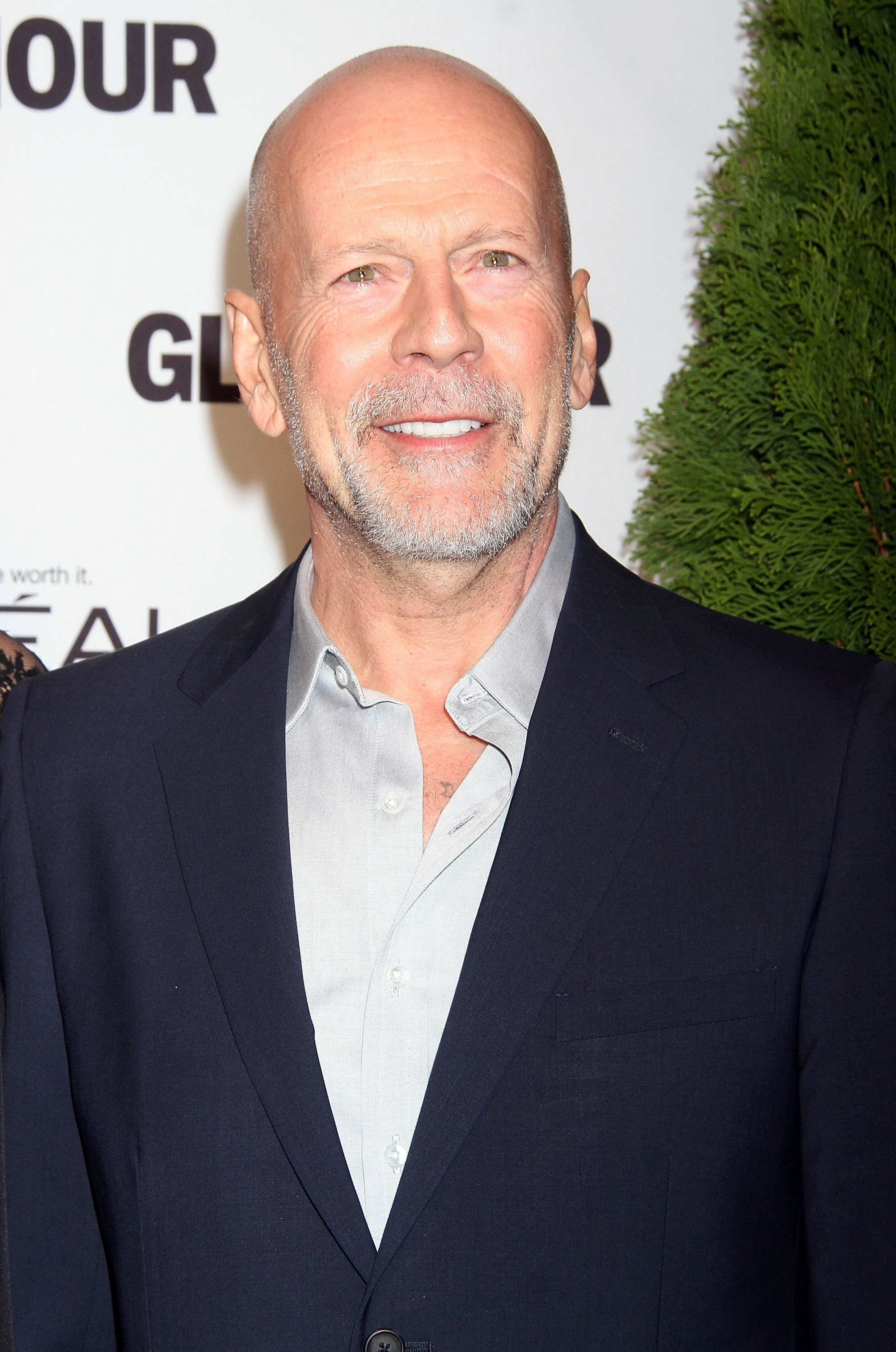 How tall is Bruce Willis?