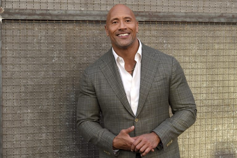 How tall is Dwayne Johnson The Rock?