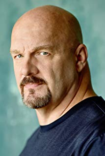 How tall is Eric Allan Kramer?