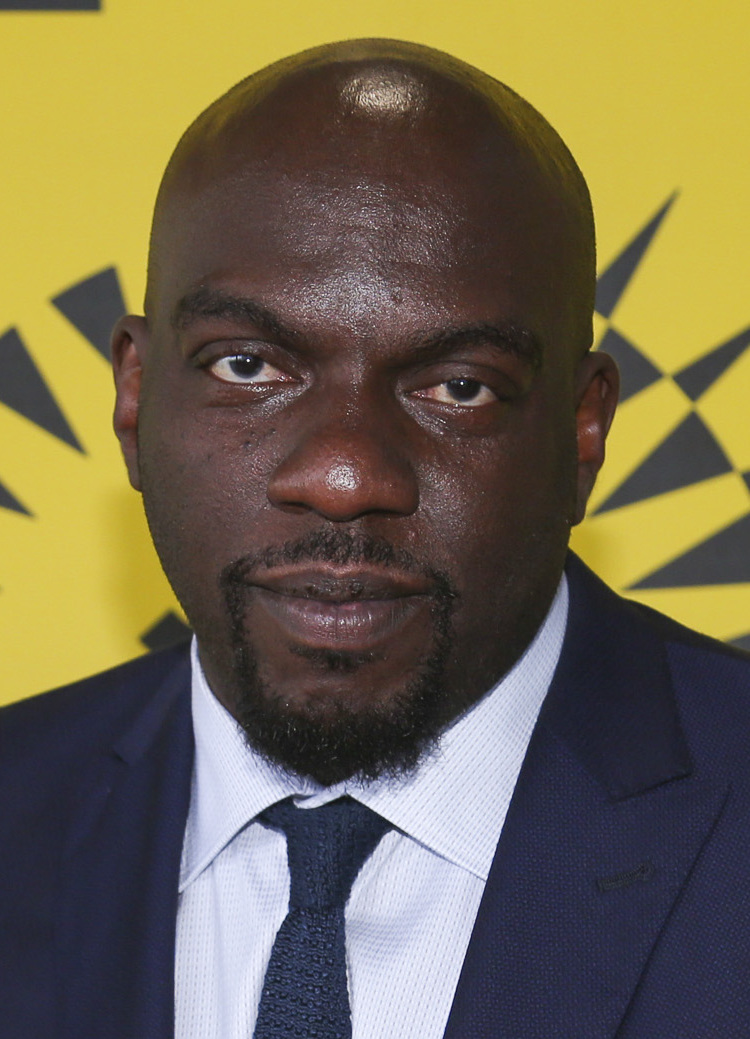 How tall is Omar Dorsey?