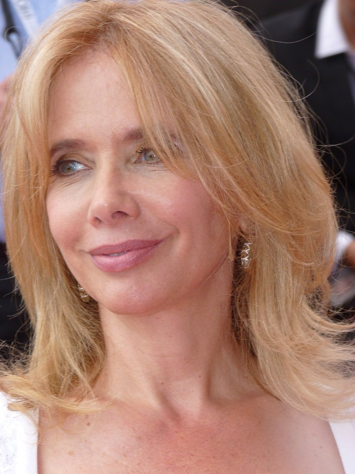 How tall is Rosanna Arquette?