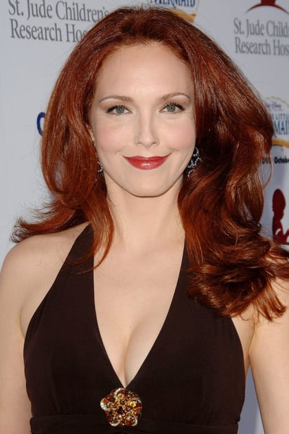 How tall is Amy Yasbeck?