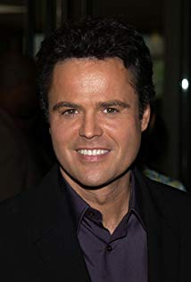 How tall is Donny Osmond?