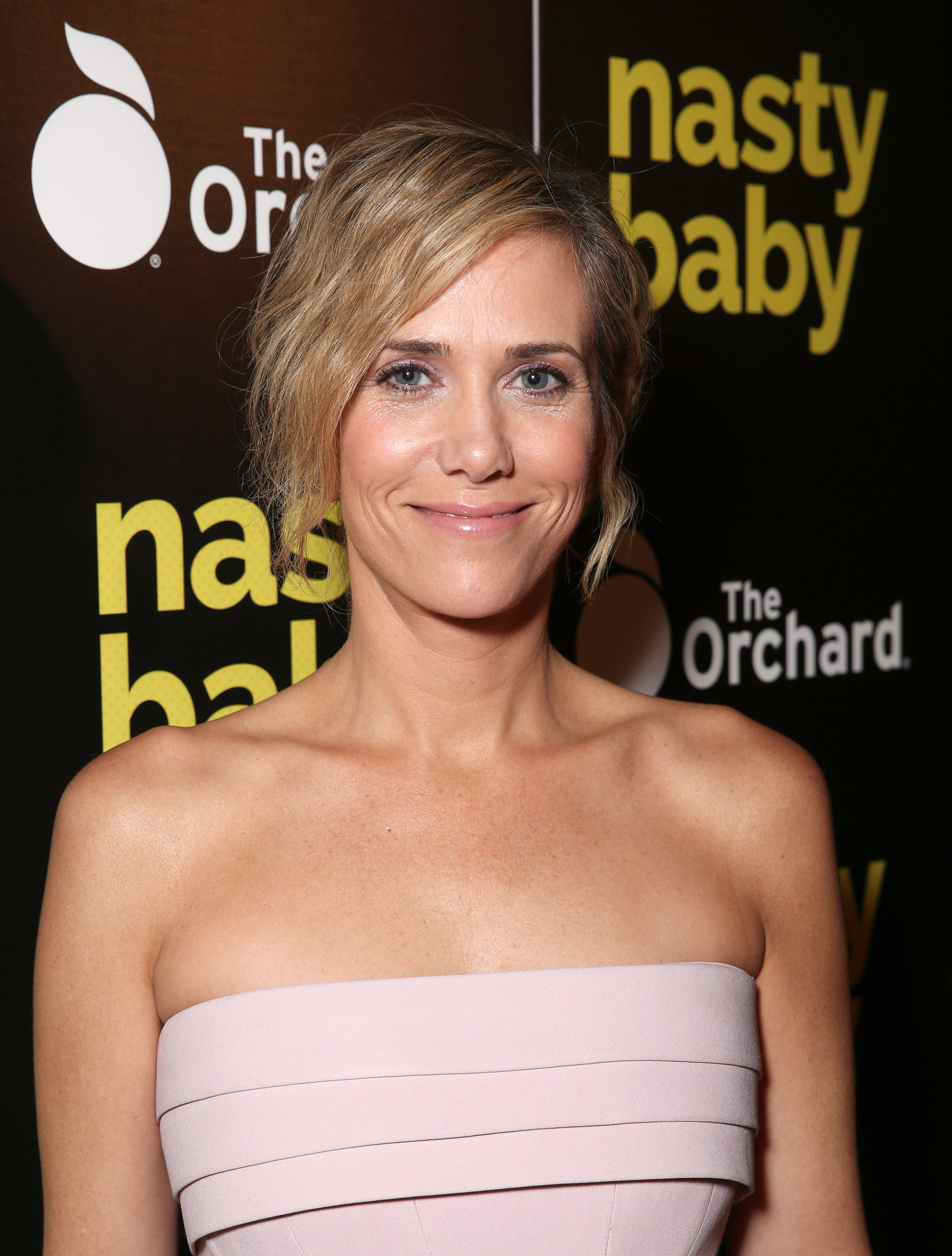 How tall is Kristen Wiig?