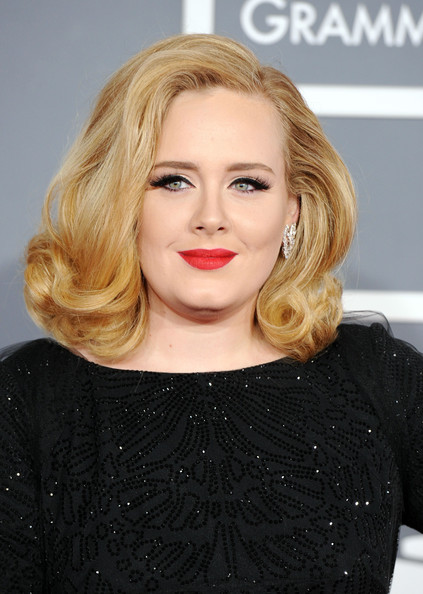 How tall is Adele?