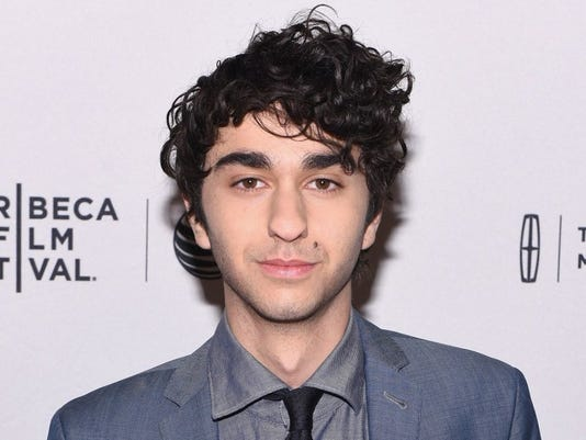 How tall is Alex Wolff?