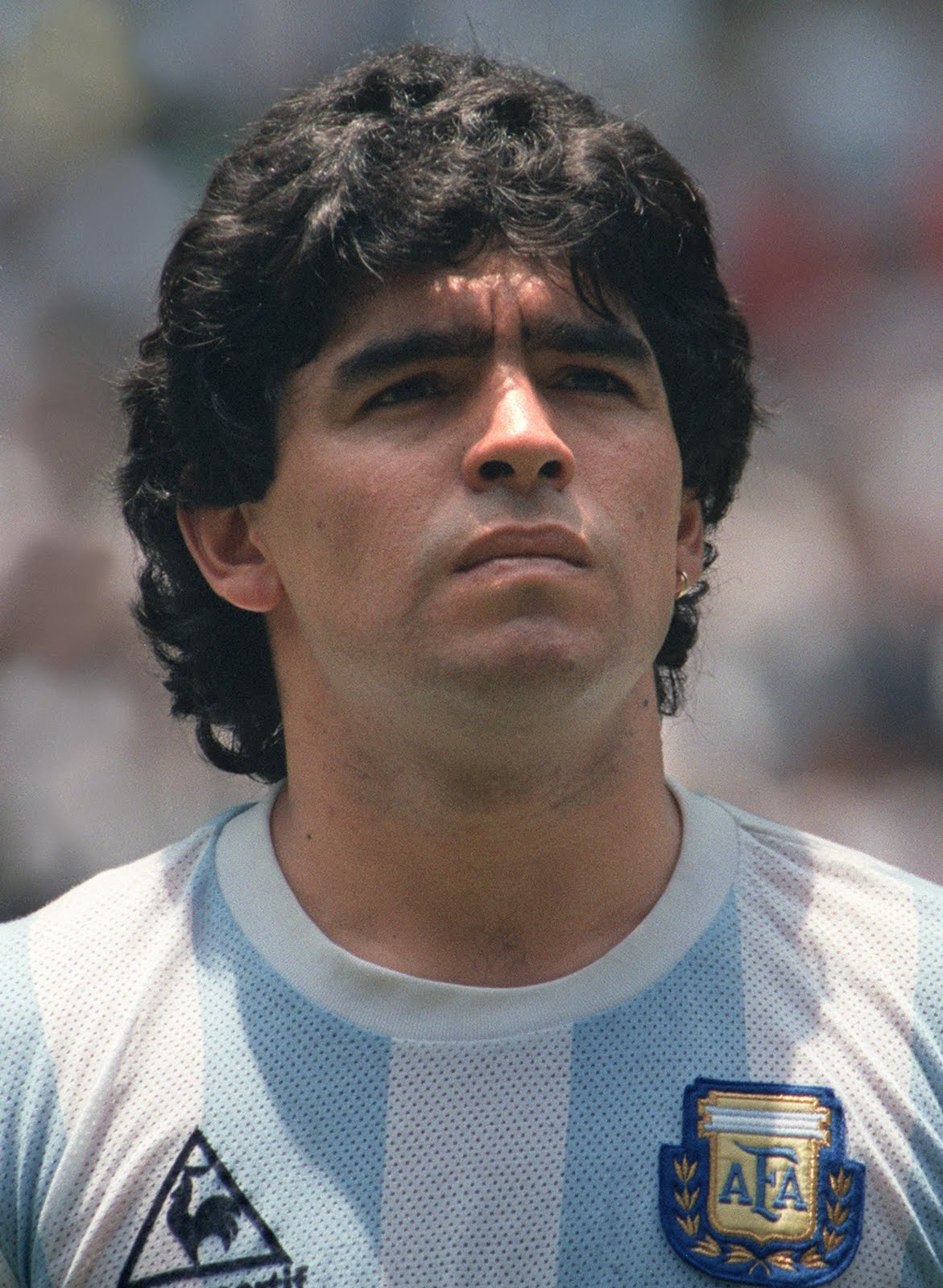 How tall is Diego Maradona?