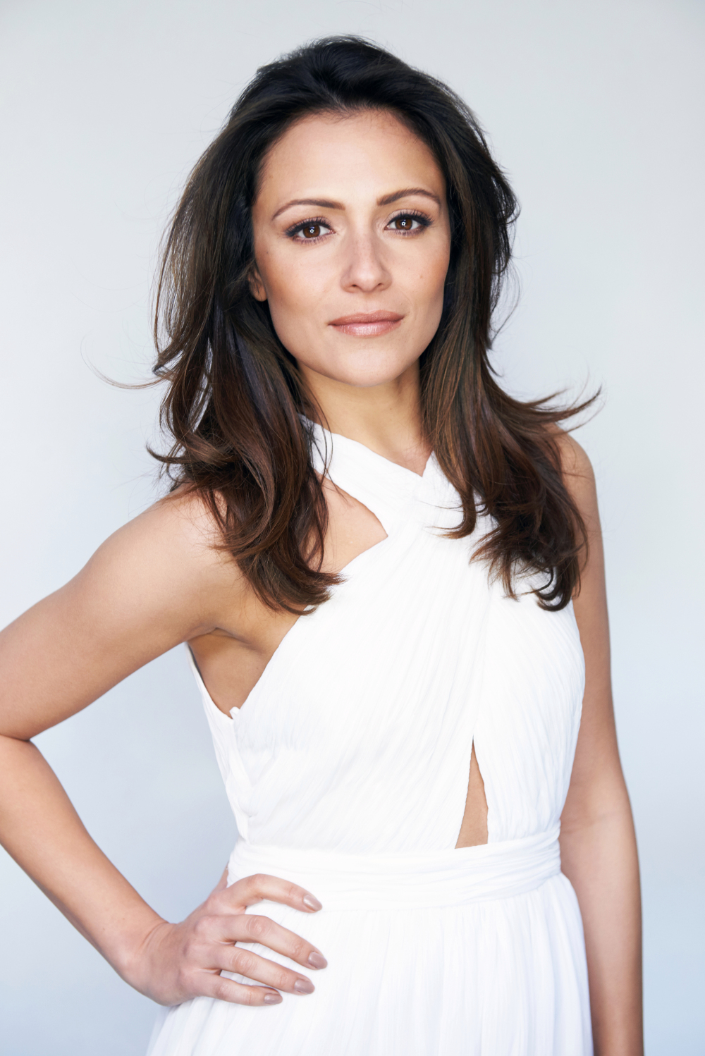 How tall is Italia Ricci?