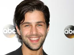 How tall is Josh Peck?