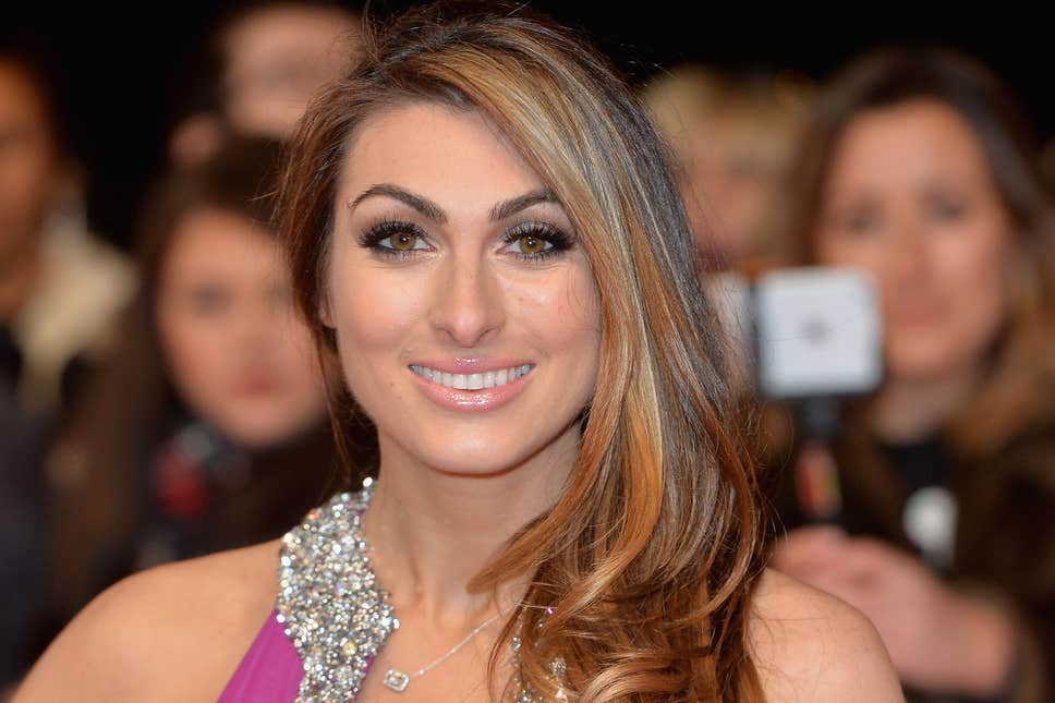 How tall is Luisa Zissman?