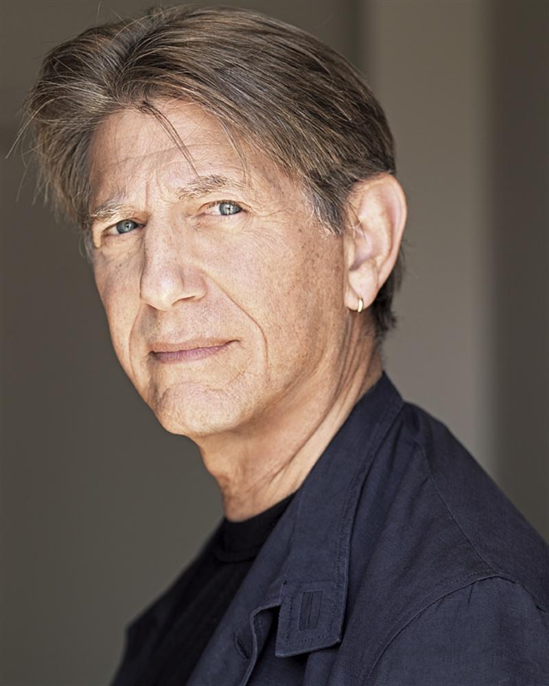 How tall is Peter Coyote?