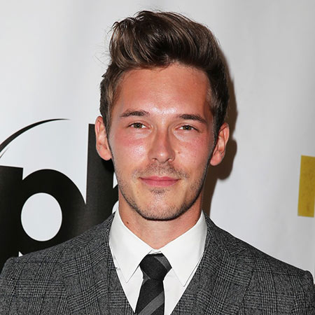 How tall is Sam Palladio?
