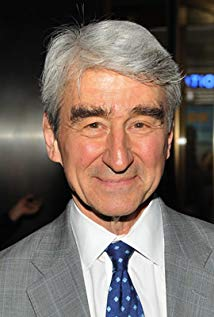 How tall is Sam Waterston?