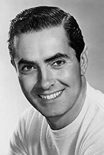 How tall is Tyrone Power?