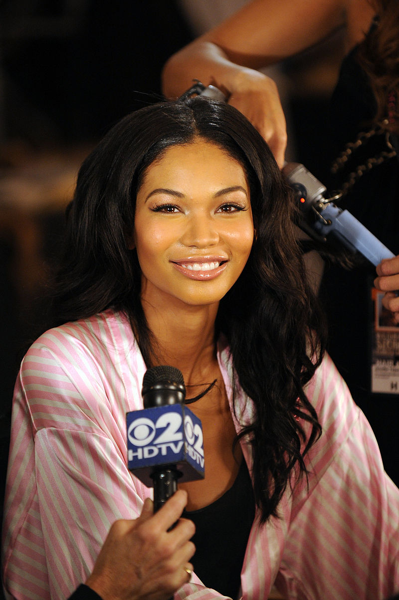 How tall is Chanel Iman?