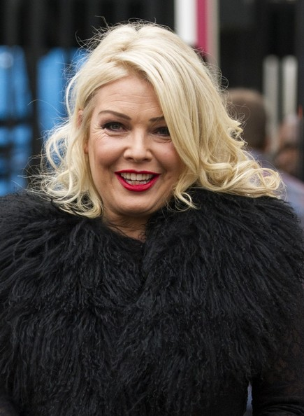 How tall is Kim Wilde?