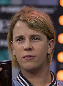 How tall is Tom Odell?