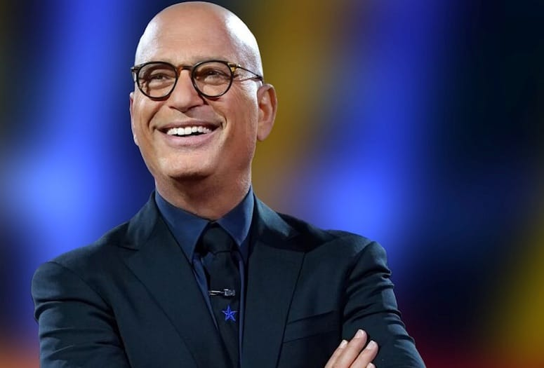 How tall is Howie Mandel?
