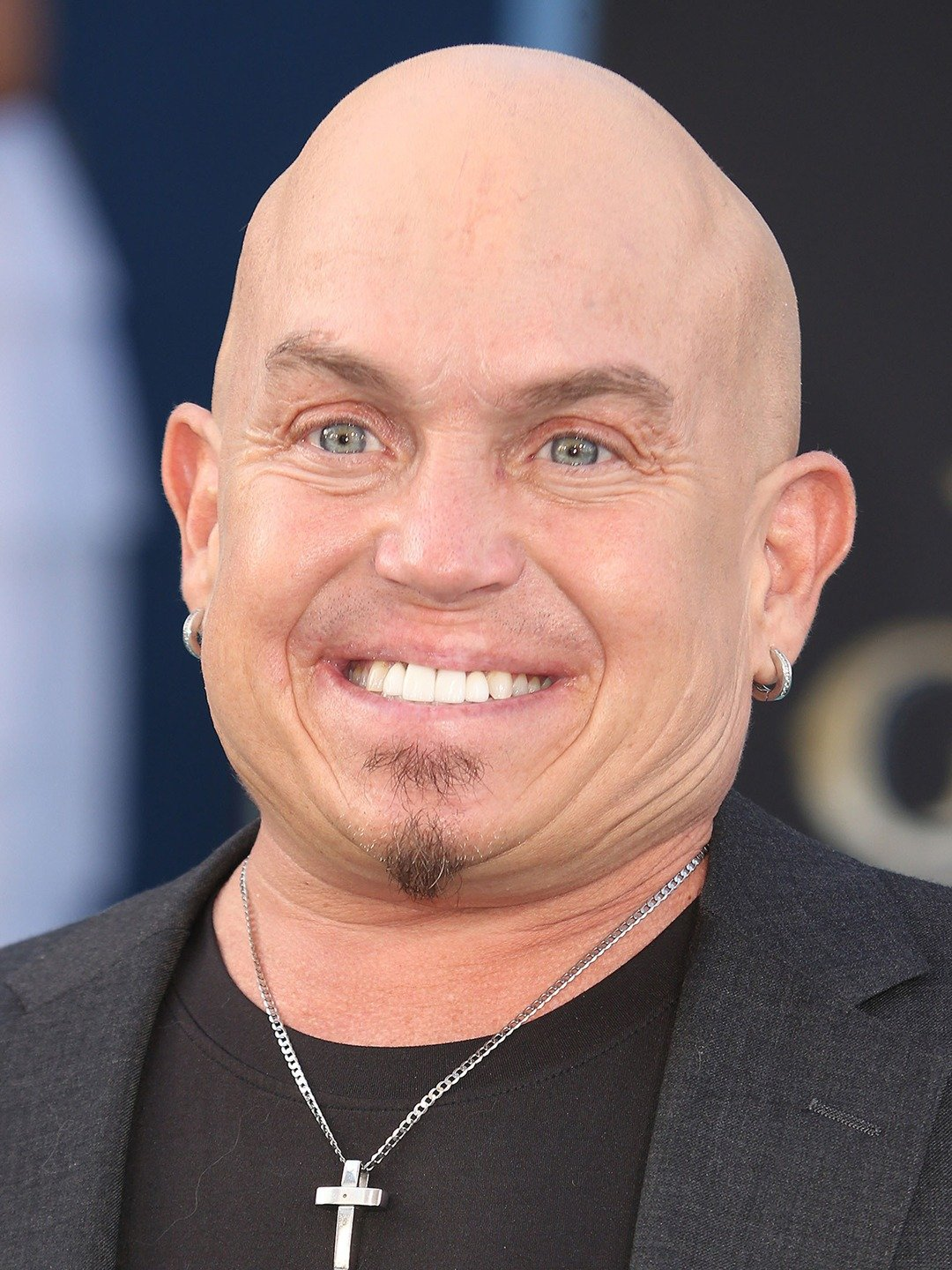 How tall is Martin Klebba?