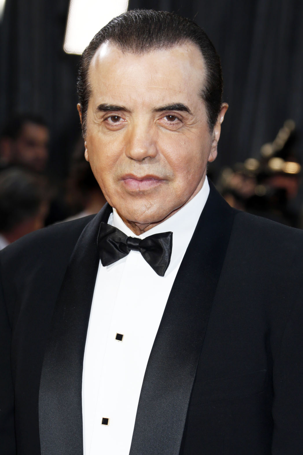How tall is Chazz Palminteri?