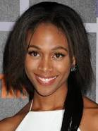 How tall is Nicole Beharie?