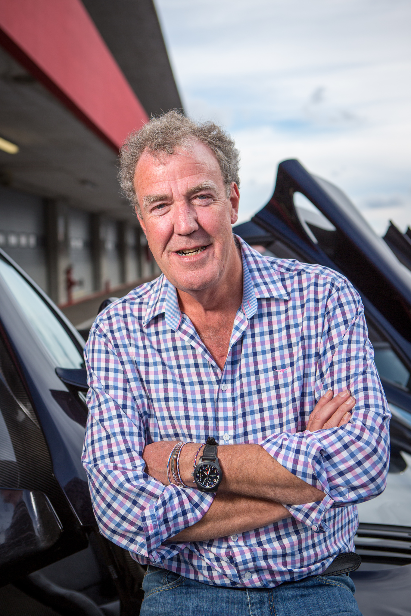 How tall is Jeremy Clarkson?