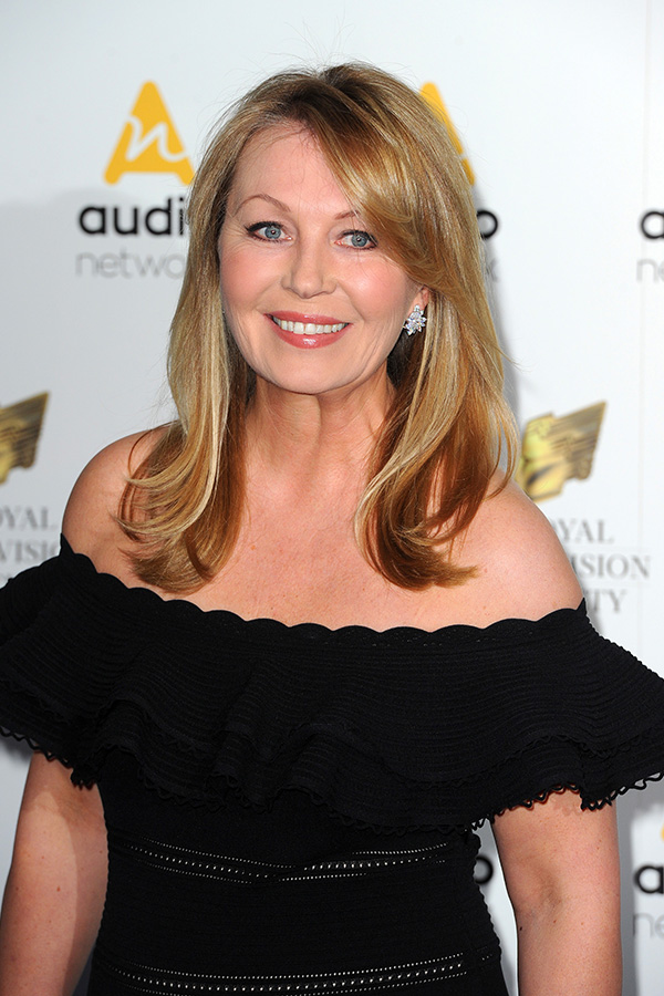 How tall is Kirsty Young?