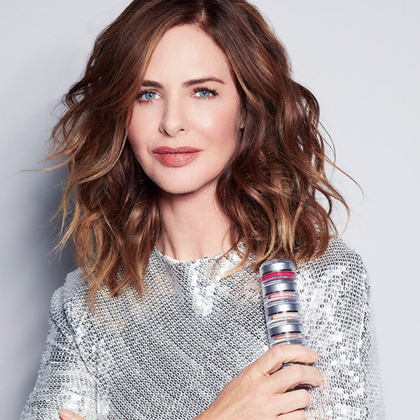 How tall is Trinny Woodall?