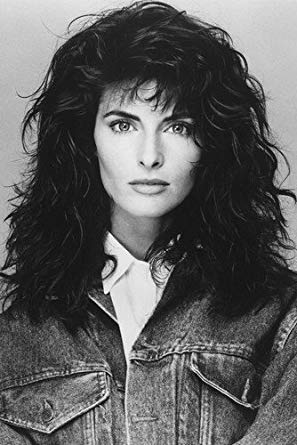 How tall is Joan Severance?