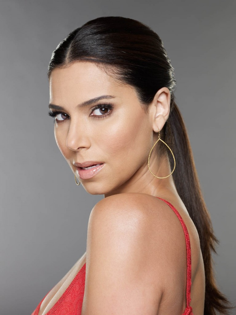 How tall is Roselyn Sanchez?