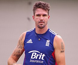 How tall is Kevin Pietersen?
