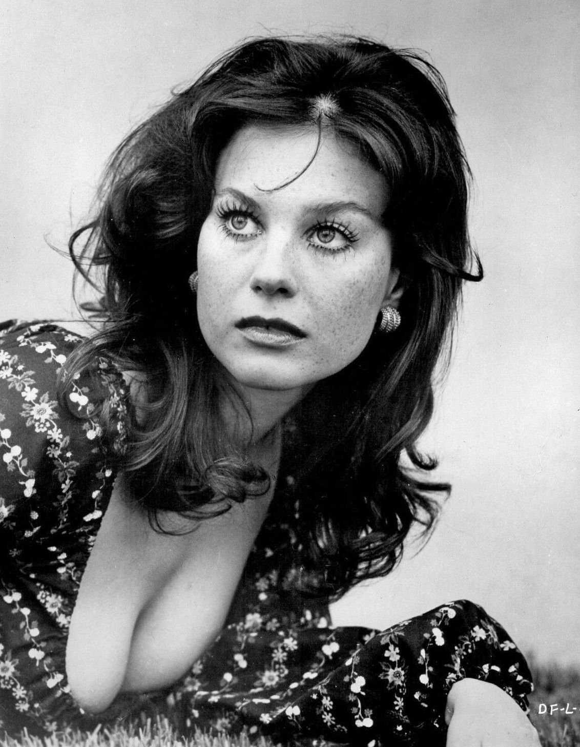 How tall is Lana Wood?