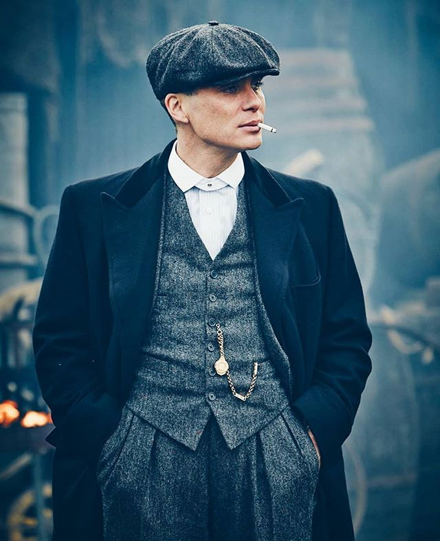 How tall is Thomas Shelby?